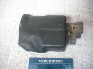 A GENUINE MAZDA 323F 1993-1998  ENGINE BAY RUBBER COVERED RELAY  WIPERS  HEADLIGHTS ??????